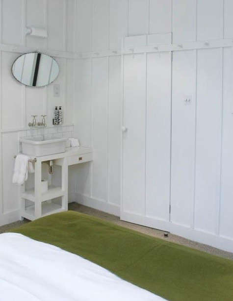 high-road-house-bathroom
