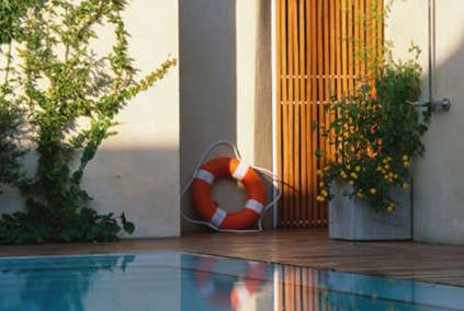 hotel-home-pool