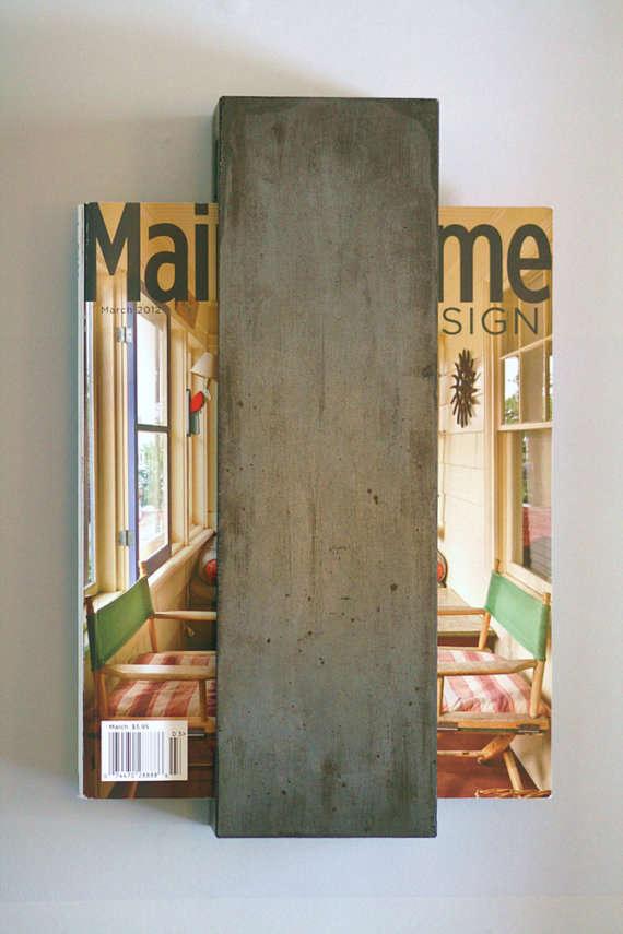 Wall magazine rack for bathroom