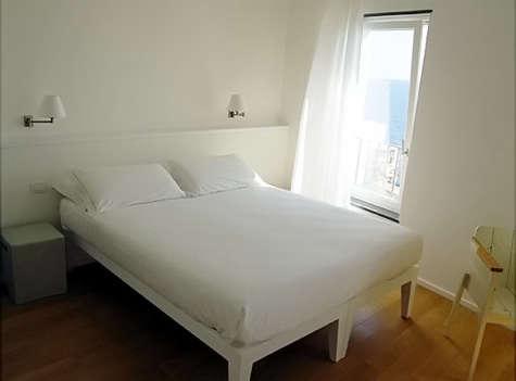 la mala bedroom 7