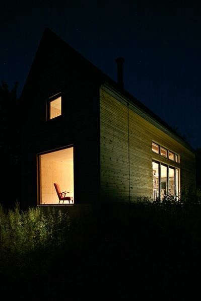 lode-architecture-exterior-view-nighttime