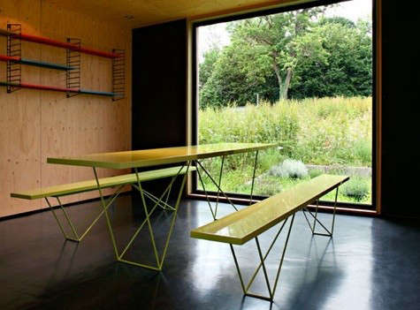 lode-architecture-green-table