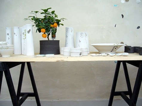 manos-trestle-table
