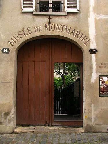 monmartre-door