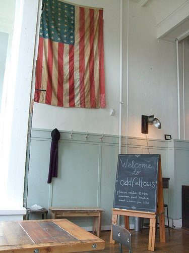 oddfellows-sign-from-flickr