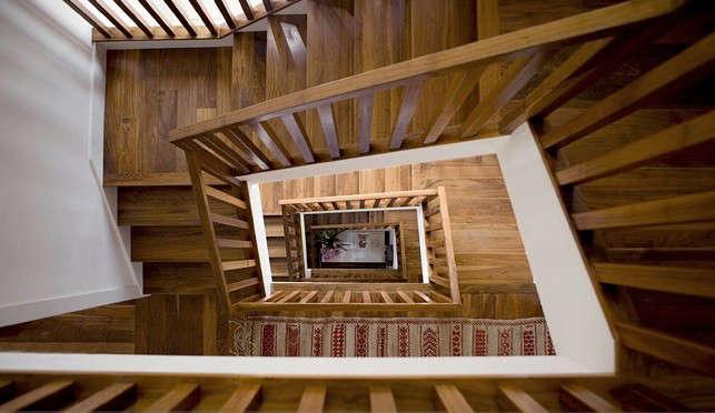 parnassus-stair