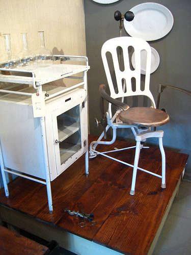 patina-white-chair