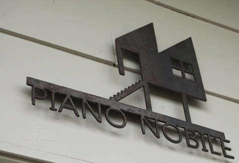piano-nobile-sign-2