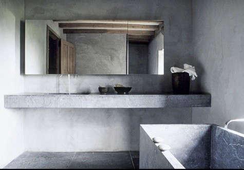 robert-gervais-gray-bathroom
