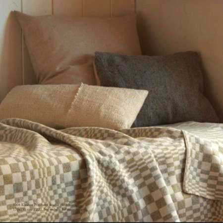 selvedge-cushions-and-throw