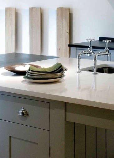 shaker-kitchen-detail