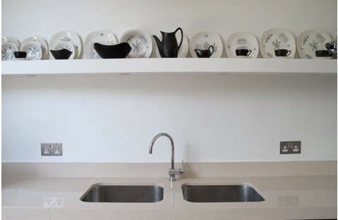 shoot-factory-kitchen-shelf-b-w