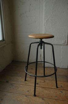 stool_1-1