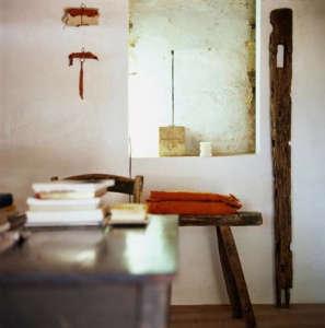 tuscany-monastery-bench.jpg