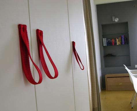 civico-quattro-red-strap