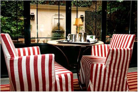hotel-labbaye-striped-chairs