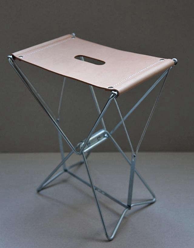 640_anve-stool-upright