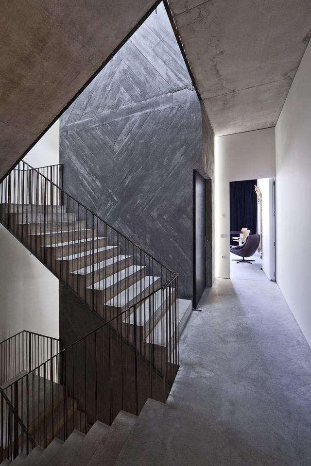 640_conrete-stairway-detail-shot