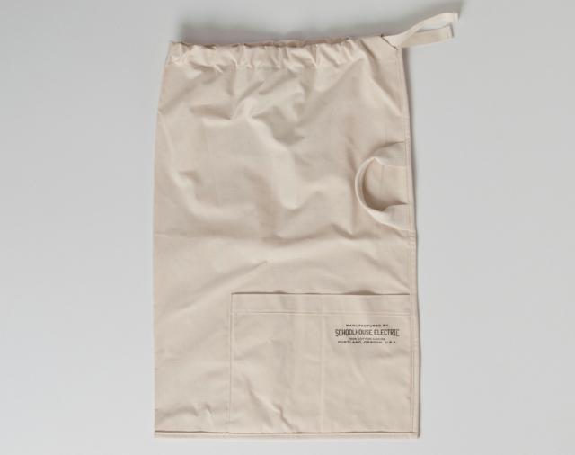 640_laundry-bag-schoolhouse