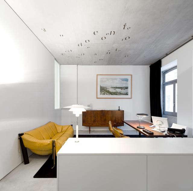640_room-interior-casa-do-canto-yellow-sofa
