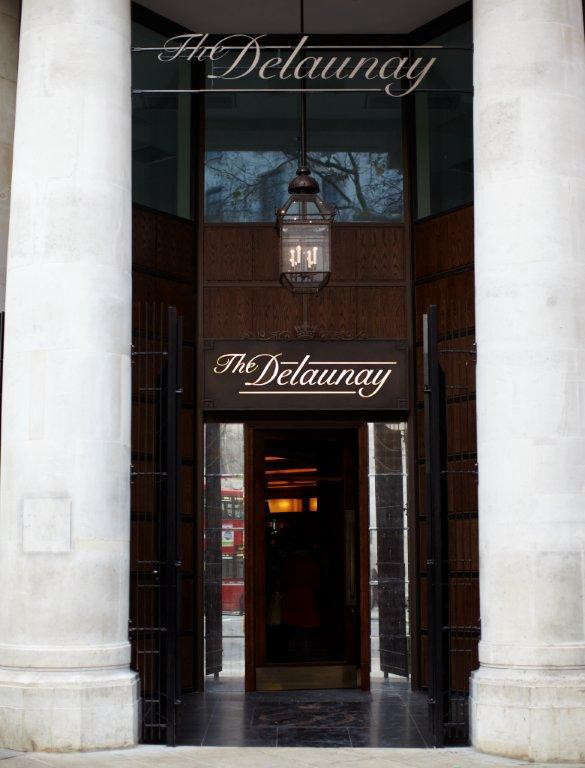 the-delaunay-entrance-lr