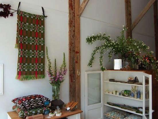 welsh-tapestry-studio-choo