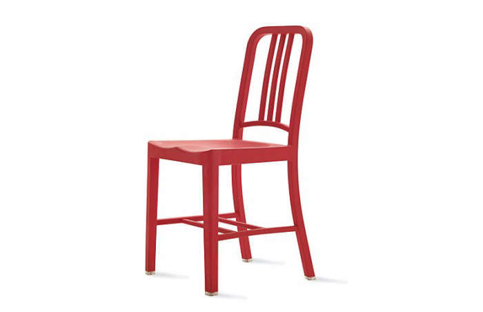 700_111-navy-chair-red