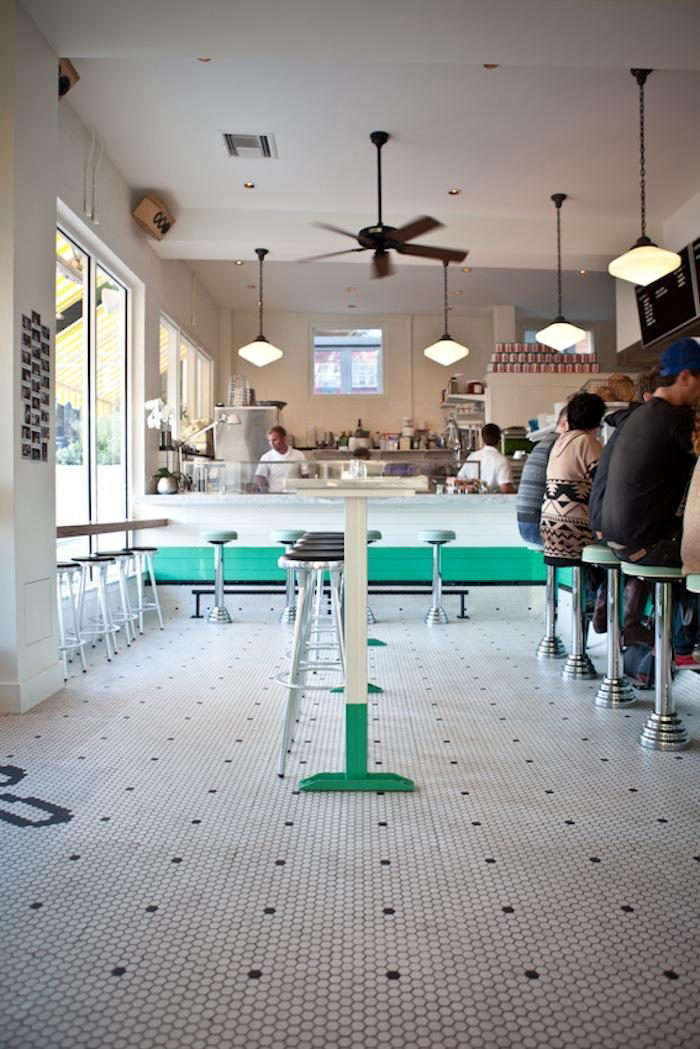 700_1clarks-oyster-bar-michael-muller-7