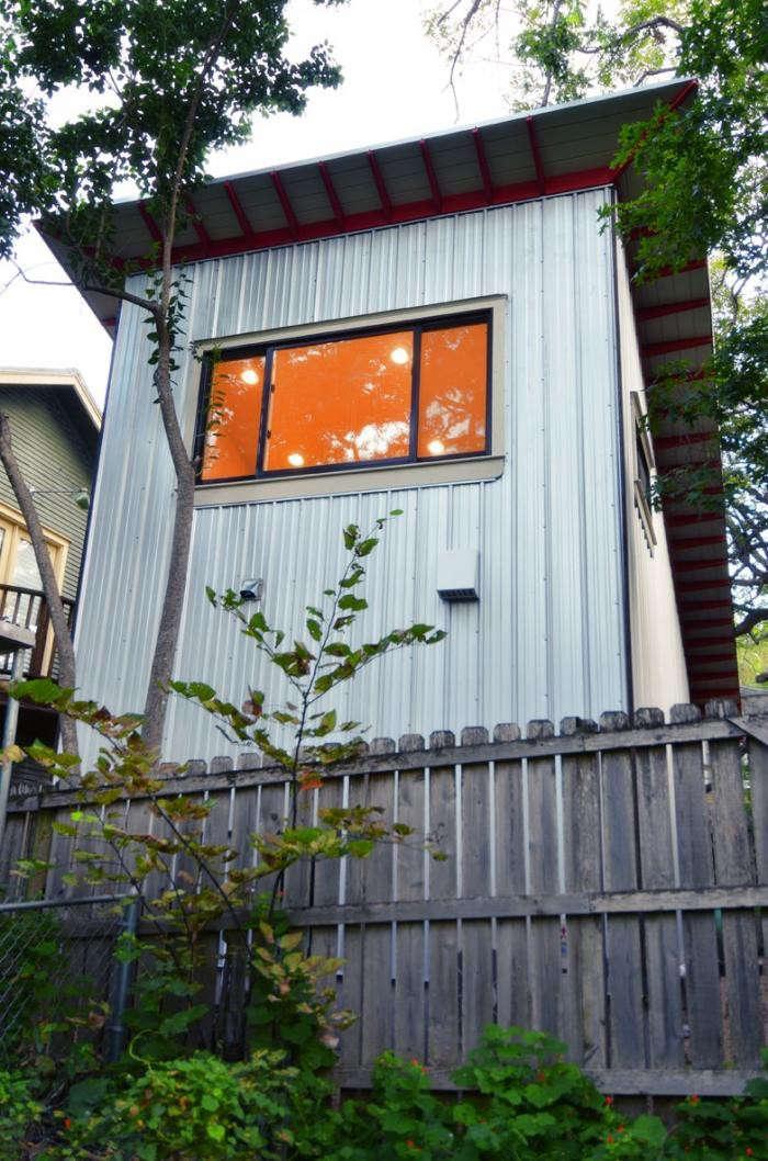 700_back-exterior-angle-of-photography-studio-by-kartwheel