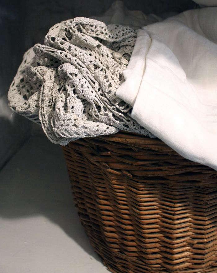 700_bedlinen-basket-wayward