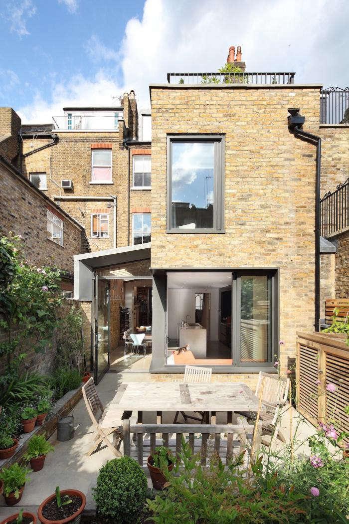 700_book-tower-house-with-brick-facade