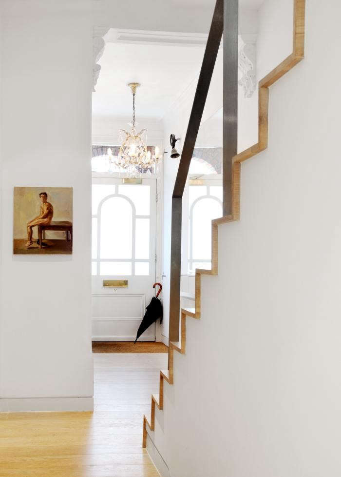 700_book-tower-house-with-modern-staircase-and-wood-floors