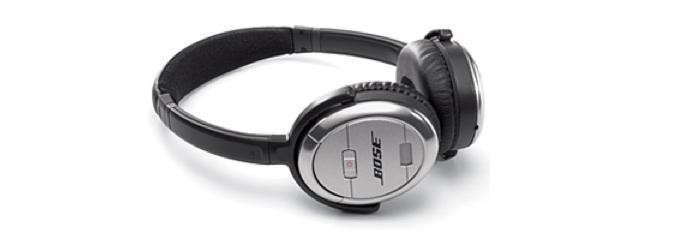 700_bose-noise-canceling-headphones-10