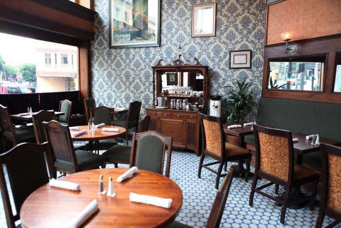 700_comstock-saloon-dining-room