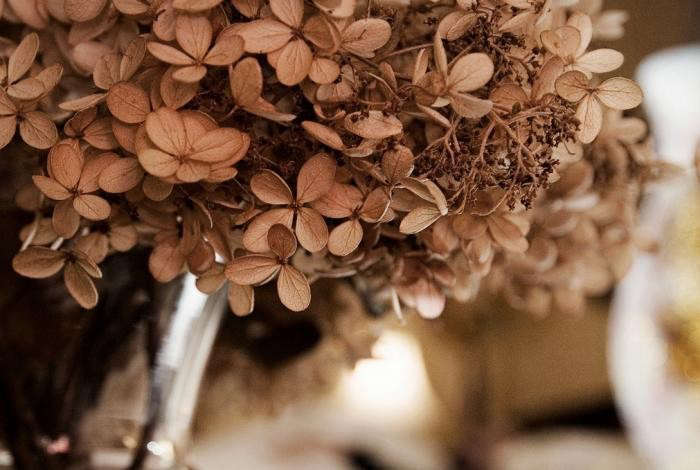 700_dried-hydrangea-bouquet