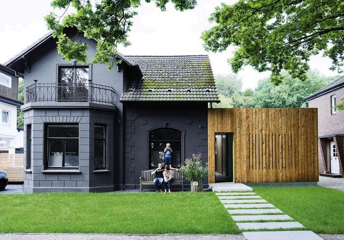 11 traditional houses gone to the dark side remodelista