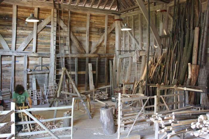 700_great-barn-in-use-dixter