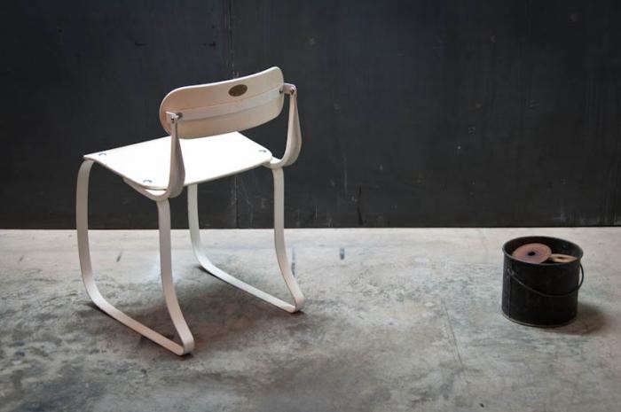 700_ironrite-chair-in-white-back