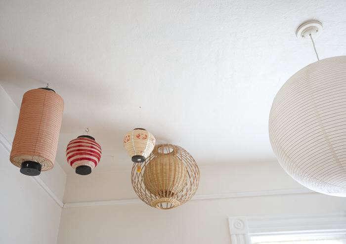 700_jess-brown-chinese-lanterns
