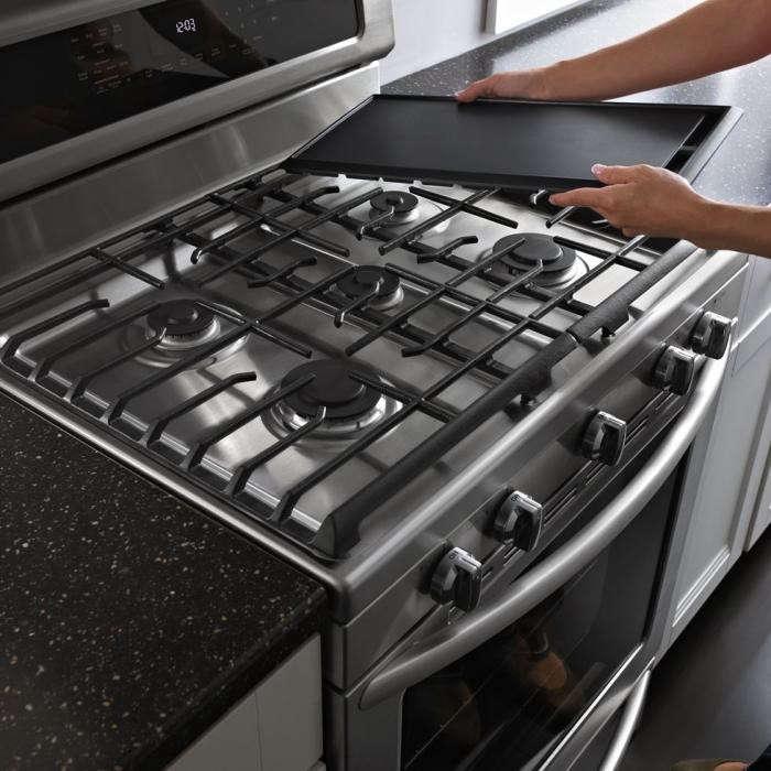 700_kitchenaid-gas-range-kgrs308bss