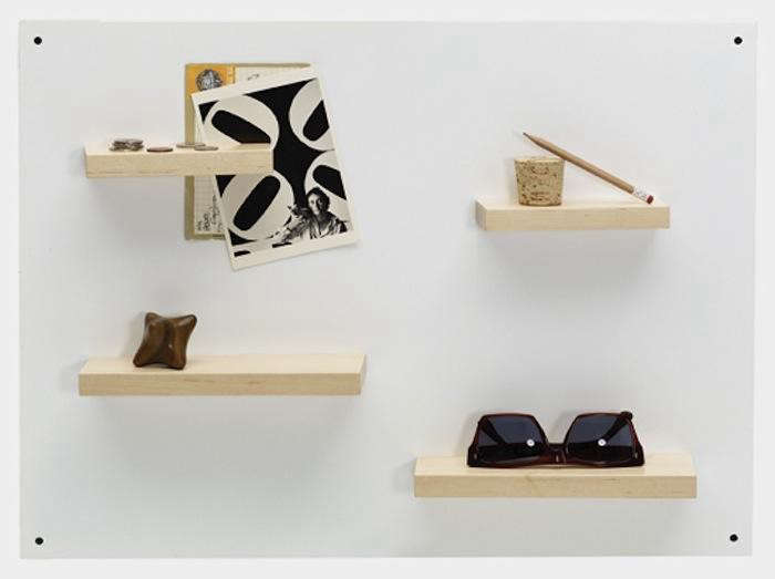 700_magneto-shelf-system-by-henry-juiier