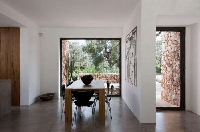 700_modern-minimalist-concrete-floors-dining-room-in-italy