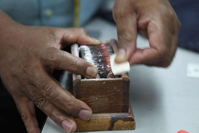 700_tailor-chalk-sharpener