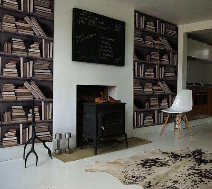 700_vintage-bookshelf-faux-wallpaper
