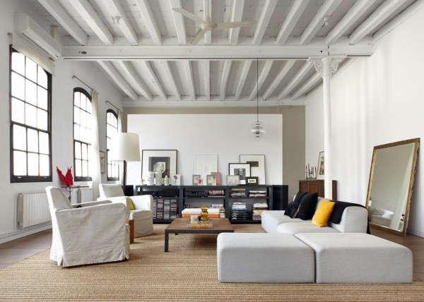industrial-loft-in-barcelona-living-room