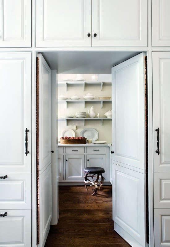 piano-hinge-pantry-doors