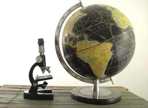 etsy-black-globe