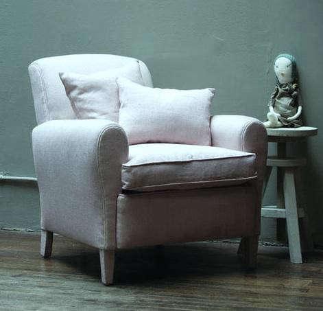 paris-bedroom-chair