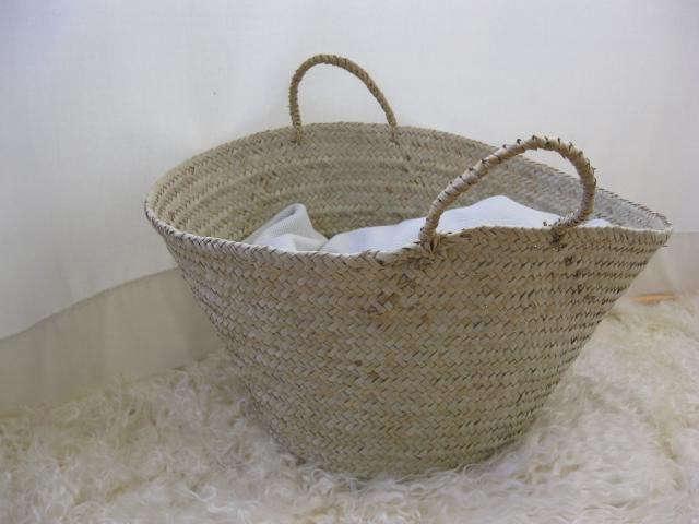 640_clothes-basket