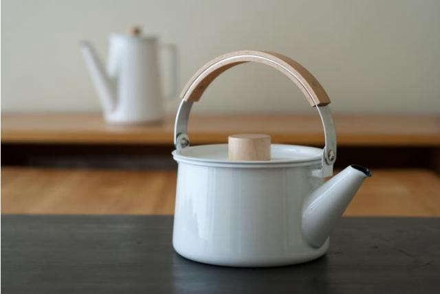 640_kaico-tea-kettle-10